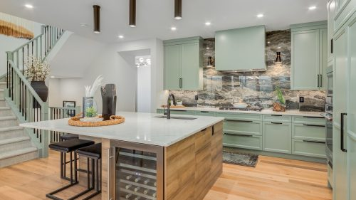 Cranston's Riverstone BaywestHomes_TheHarlow_Kitchen_CranstonsRiverstone-1920×1080