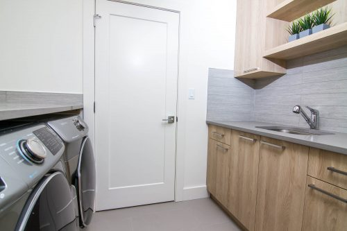 Cascade Showhome Laundry Room In Lake Summerside