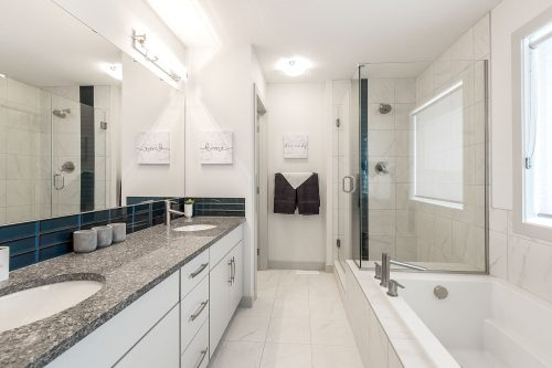 Harrison Showhome Ensuite In Solstice