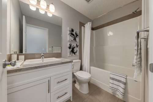 Wembley Bathroom In Chinook Gate