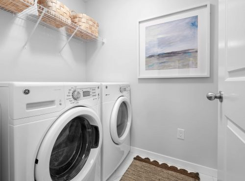 Brookfield Chappelle Cadenza laundry