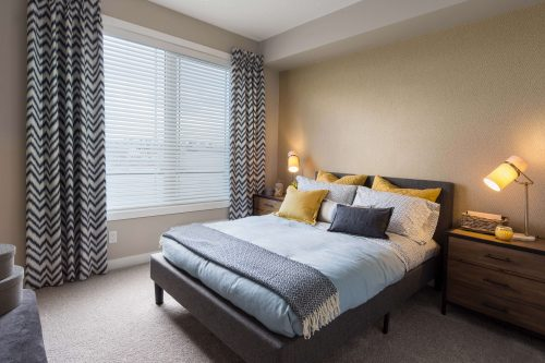 Bedroom In Kingston Condo In Regatta Auburn Bay