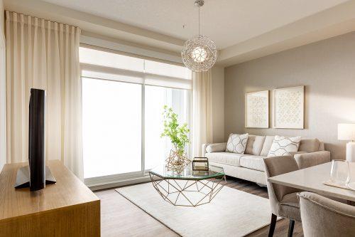 Findlay Living Room In Auburn Bay